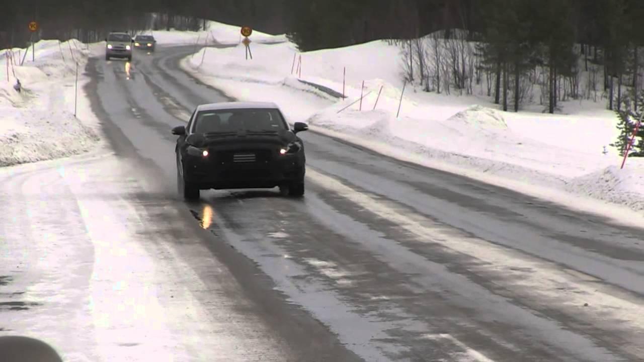 2016 Hyundai Equus spied winter testing, gets stuck in ...