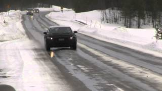 2016 Hyundai Equus spied winter testing, gets stuck in snow