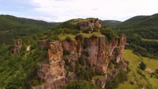 St Affrique et le rocher de Caylus