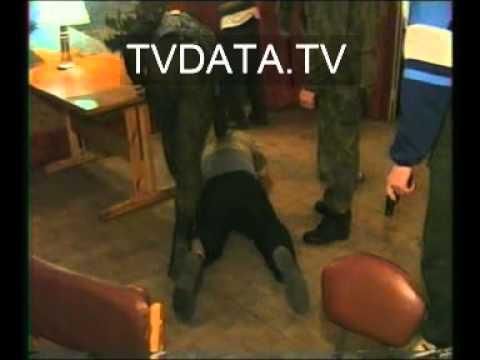 Russian Mafia Robbers vs Russian Police Actual Footage,Crime, Mafia men carrying guns K10_1