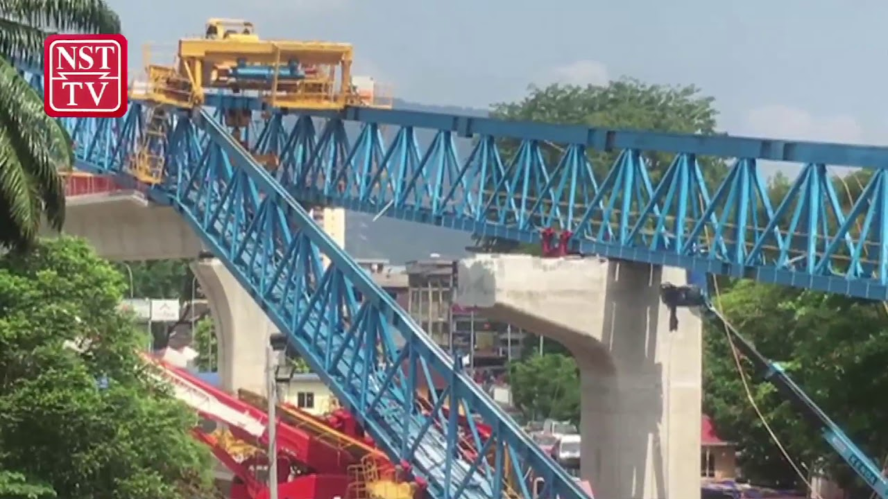 Worker killed as launching gantry collapses at MRT