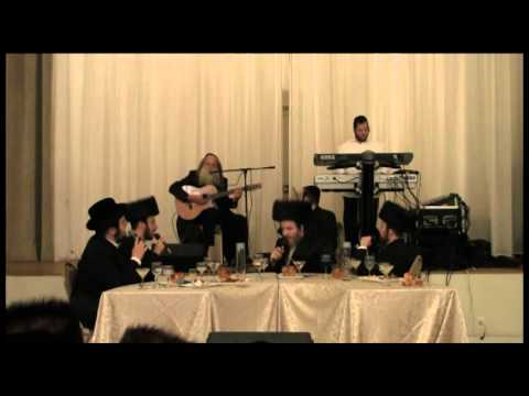 Yitzchak Fuchs Reinvents Perfection, with the Shira Choir