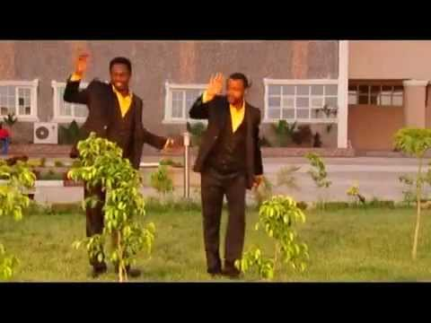 GANI GAKA { SO BAI KAREWA } Hausa Song