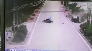 Dangerous CCTV funny accident video