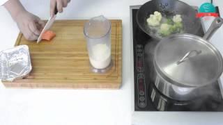 Лосось запеченый с овощами
