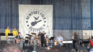 Amused to Death/Brain Damage - R. Waters & My Morning Jacket. Newport Folk Fest. July 24, 15.