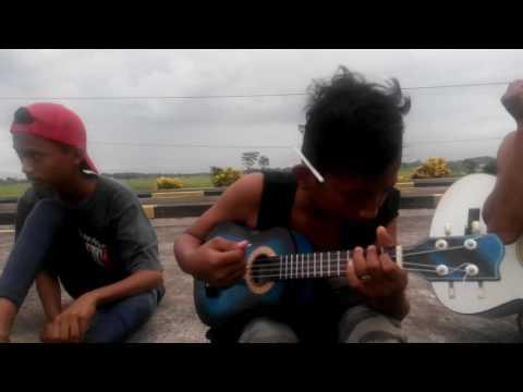 "Nyanyian RIO.. LOSARANG CIREBON"" anak gaul"