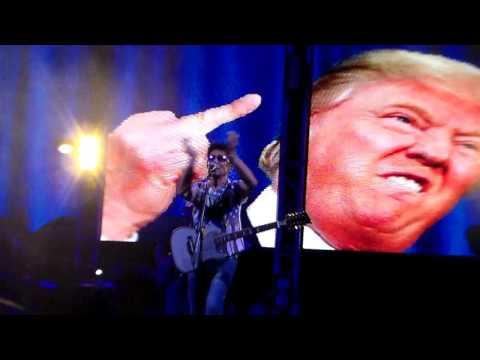 Edoardo Bennato - Colpa dell'America (Live) - Ercolano (NA) - 6 luglio 2017.