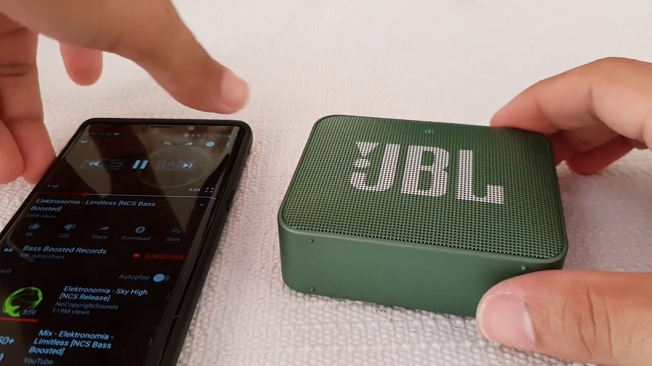 JBL GO 2 bluetooth speaker BASS TEST - with plastic vibration