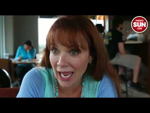 Actress Lauren Holly speaks out about bullying in Schools