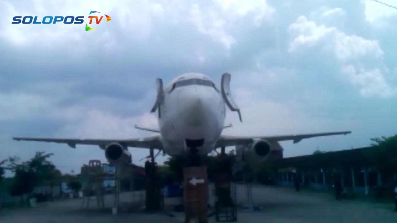 Pesawat Parkir Di Wisata Janti Klaten Youtube