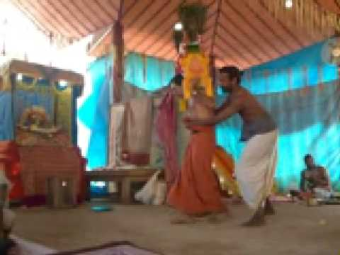 010 Velai Thangi Nilpavanam - Kavadi Aattam - Thrikur Kodhanda raman