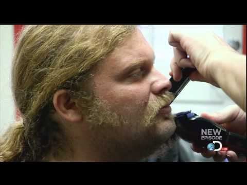 American Chopper Mikey Teutul Shaves! from YouTube · Duration:  3 minutes 53 seconds