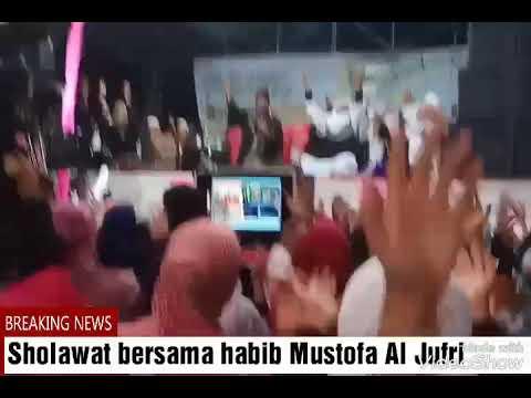 Sholawat bersama Habib Mustofa Al Jufri