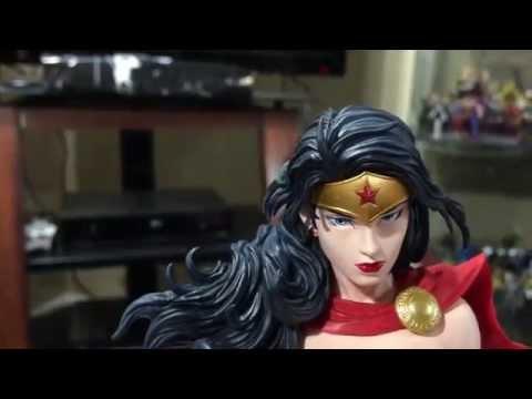 Wonder Woman: 1:6th Scale Artfx PVC Statue by Kotobukiya