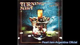 Watch Pearl Jam Turning Mist video