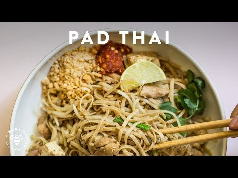 Incredibly Easy PAD THAI 🍜Delish Noodle Series