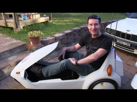 EEVblog #501 - Sinclair C5 Electric Car Teardown & Test Drive