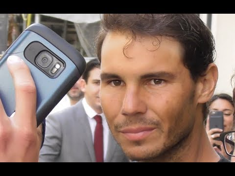 VIDEO Rafael Nadal greets Fans @ Paris 8 june 2018 during the French Open / juin / Rafa