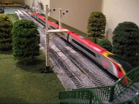 Hornby Model Train Pendolino Virgin Express