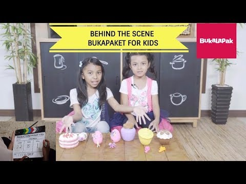 Download Youtube: BukaPaket for kids ♥ Bukalapak | Behind The Scenes - Mainan Anak Kekinian Giant Surprise Egg