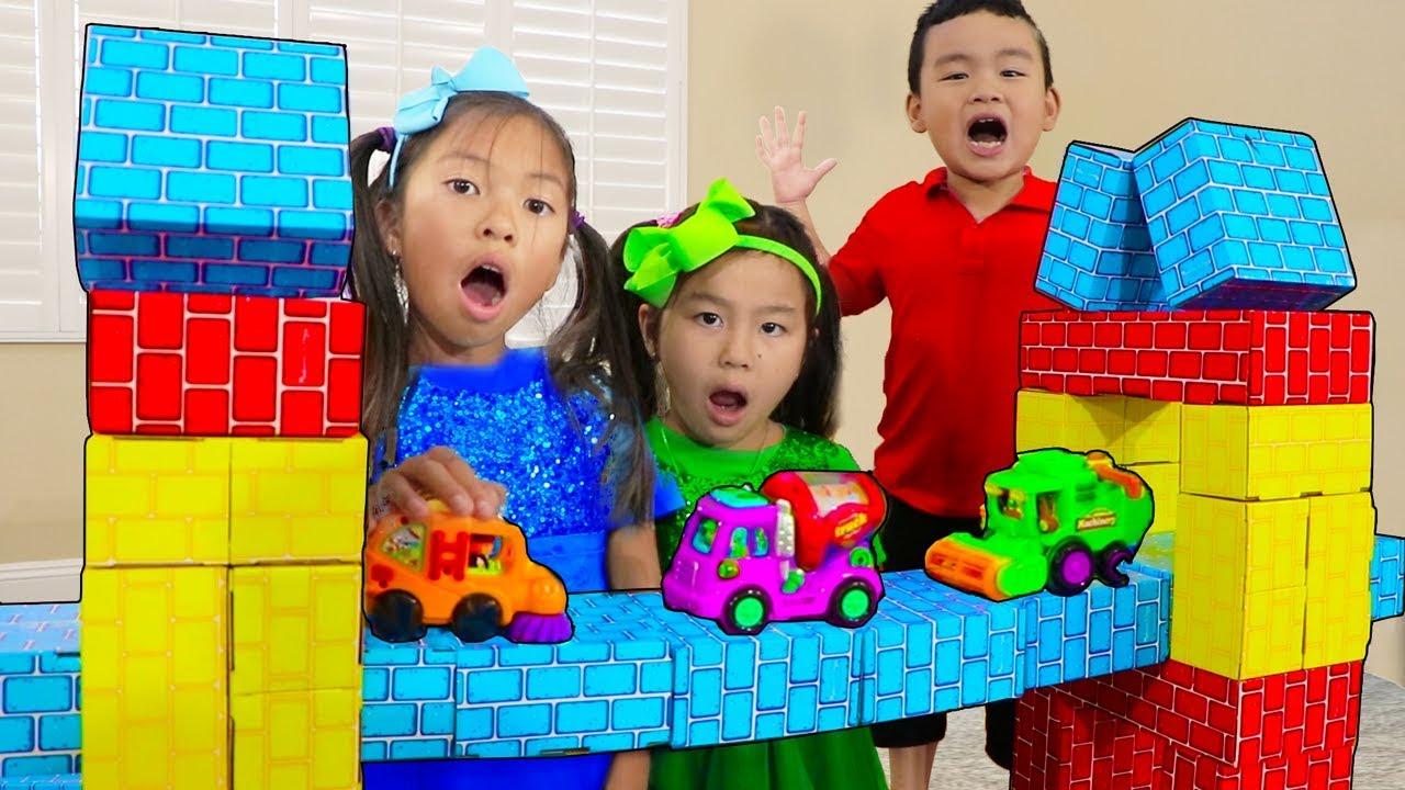 Download London Bridge is Falling Down | Wendy Jannie & Lyndon Pretend Play Nursery Rhyme Kids Songs