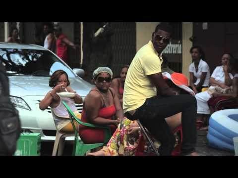 B-boy Breakdancing in Ensanche La Fé, Santo Domingo - Travel Basecamp - Dominican Republic - Ep 6/6