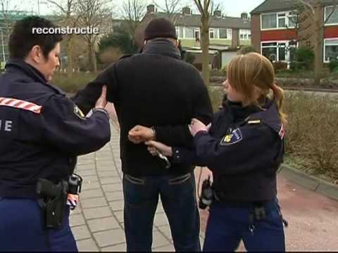 Gptv Leeuwarder Politie Houdt Elf Overvallers Aan Youtube