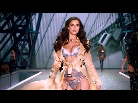 Irina Shayk on the Victoria's Secret Fashion  Runway 2016