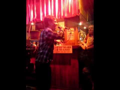 Robbie Williams Let Me Entertain you Karaoke Singing By Weaver