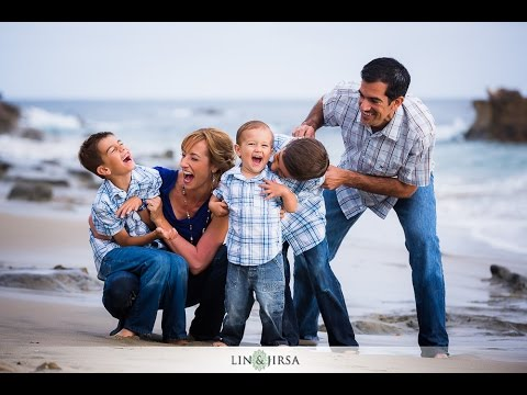 Cool outdoor family photo ideas