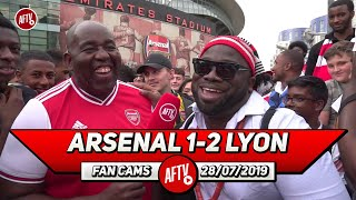 Arsenal 1- 2 Lyon | Why Are Fans Booing Mustafi? (Kelechi)