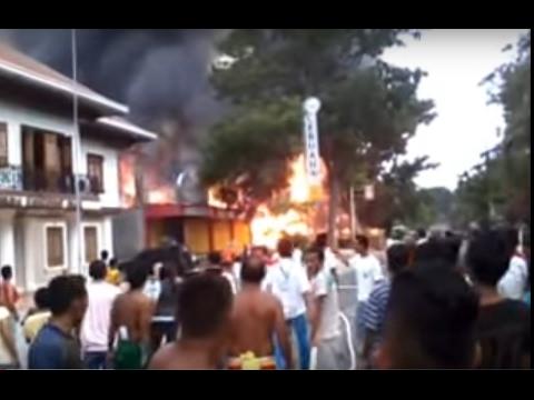 Dumanjug fire,full,burn 1 big historical house near Municipal hall