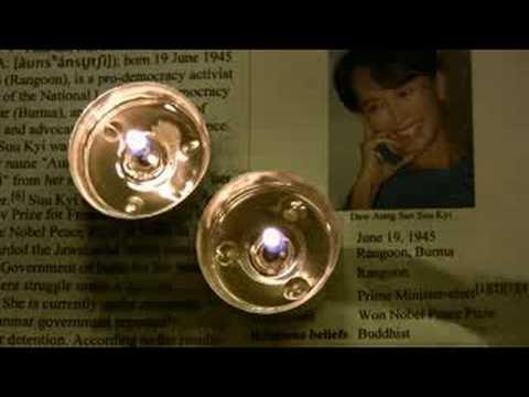 BUDDHA'S SMILE  by LIGHT MY TUNE  feat. Mano Ezoh                                                                                     Dedicated to Aung San Suu Kyi and the people of Burma
