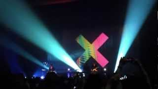 The xx - Instrumental Intro to Tides (clip) - The Boulder Theater - 10/17/2012
