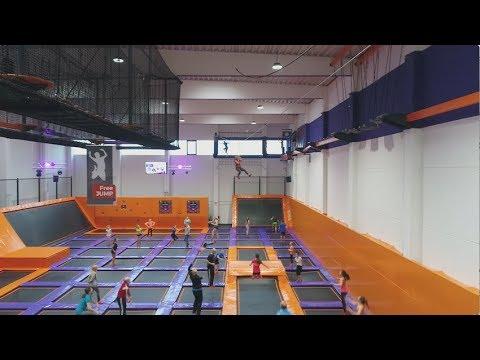 Jump House Hamburg Poppenbuttel Trampolinpark Der Neuesten Generation Youtube