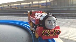 童謡-トーマス TS-18 ビクター @ ライデン中央駅,オランダ 00843 jp-c