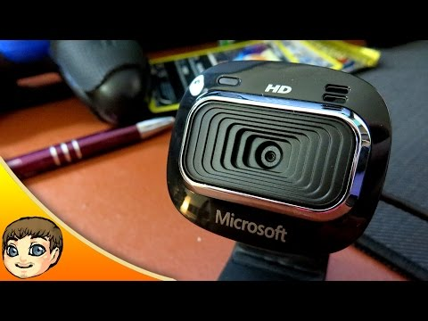 Microsoft Lifecam Studio vs Logitech HD Pro Webcam C920 | Doovi