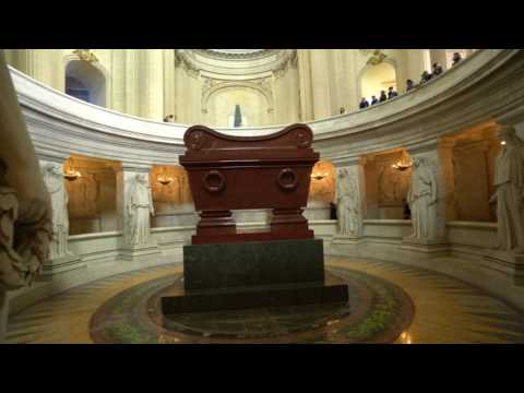 DÔME DES INVALIDES, TOMB OF NAPOLEON I