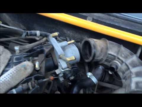 ВАЗ 2110/2112 чистка дроссельной заслонки