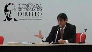 """Palestra: """"Ronald Dworkin: Direito, Justiça e a Unidade de Valor"""" - Dr. Paulo Klautau Filho"""