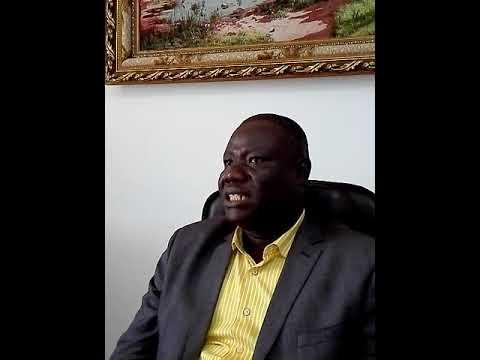 Samuel Mobio , président des exportateurs de caoutchouc naturel Fond de tasse de côte d'Ivoire parl