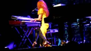Tori Amos - Not Dying Today (Red Bank NJ) 2009