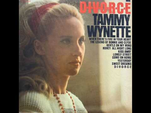 Flashback: Hear Tammy Wynette's Spellbinding Cover of the Beatles' 'Yesterday'