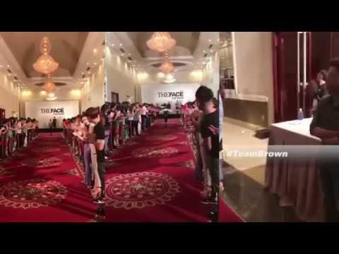 Minh Hằng tự tin catwalk tại vòng casting The Face Hà Nội