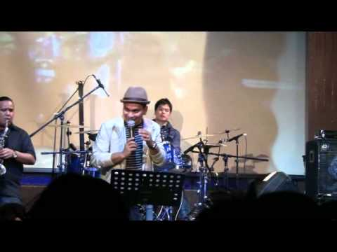 Tompi  - Aku Jatuh Cinta @ Launching New Album TPSH
