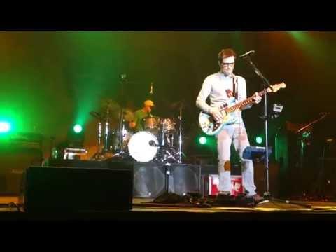 Weezer - Island in the Sun - Live in San Jose
