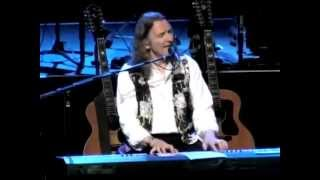 Roger Hodgson Co-founder of Supertramp playing his hit The Logical ...