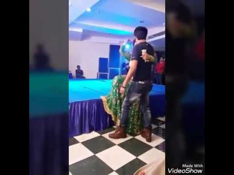 Dhoop Mein Nikla Na Karo Gora Kala funny dance how do you video x x y y
