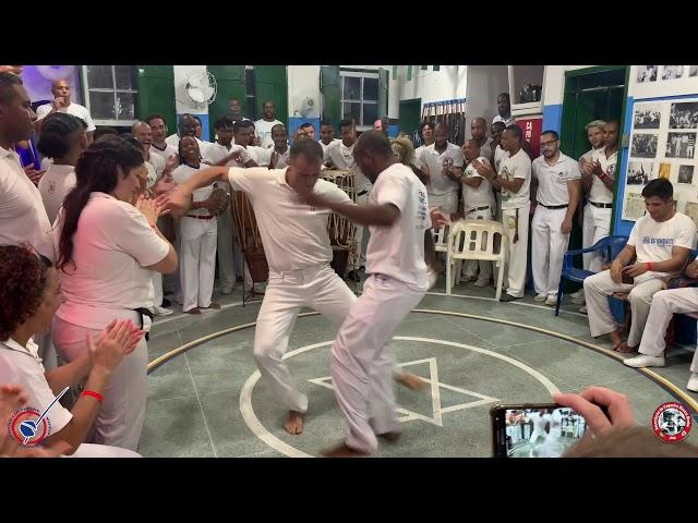 Samba Duro / Associação de Capoeira Mestre Bimba
